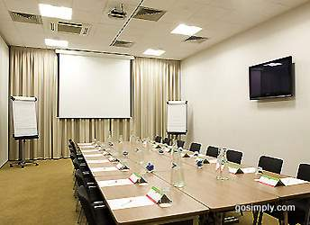 Ibis Hotel Heathrow meeting room