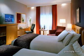 Guest room at the Sheraton Hotel Heathrow