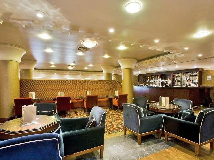 Hotel bar at the Crowne Plaza Liverpool Airport