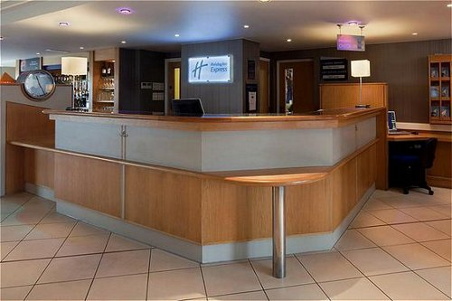 Reception area at the Express by Holiday Inn Luton Airport