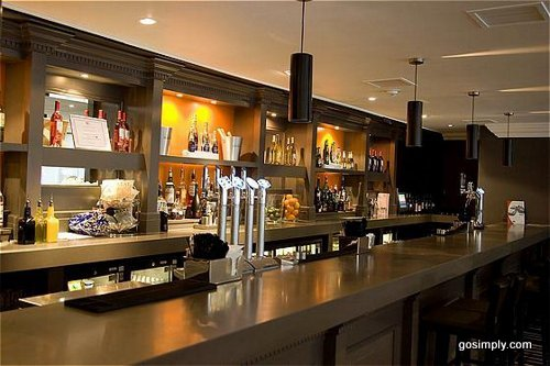 Lobby bar at the Crowne Plaza Hotel Manchester Airport
