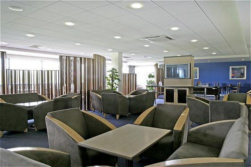 Cardiff Airport Holiday Inn Express hotel lounge