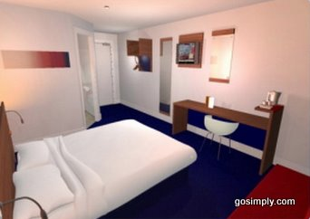 Gatwick Travelodge room