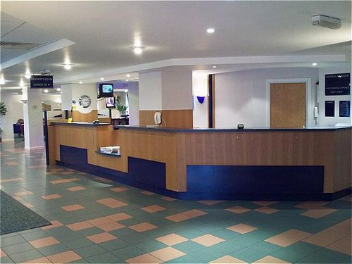 Reception area at the Birmingham Airport Holiday Inn Express Castle Bromwich