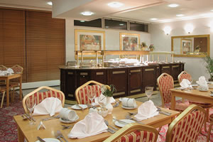 Restaurant at the Coventry Hill Hotel Coventry Airport