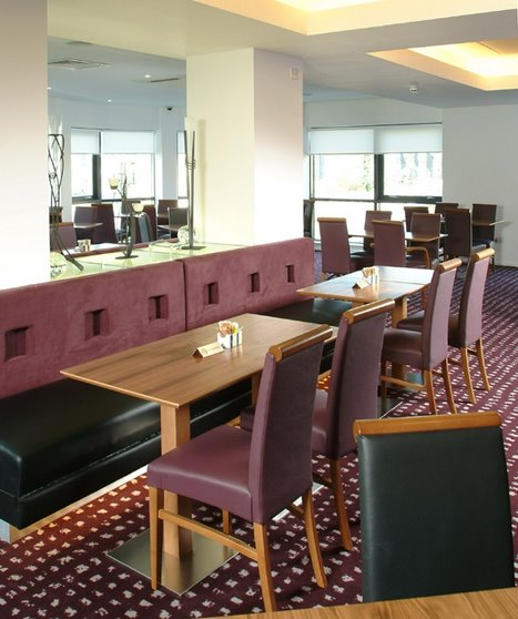 Dining area at the Express by Holiday Inn Hemel Hempstead