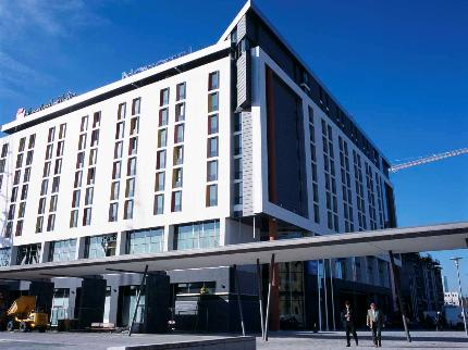 London City Airport Novotel Hotel exterior