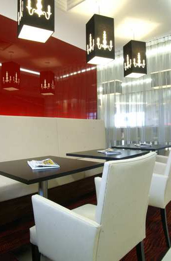 Dining area at the Hampton by Hilton Liverpool Airport hotel
