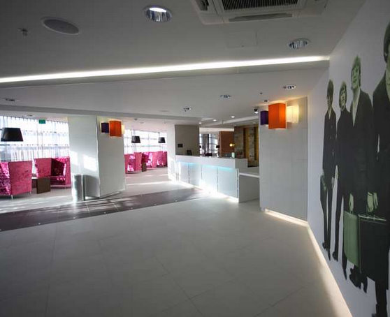 Reception area at the Liverpool Airport Hampton by Hilton