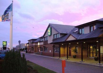 Edinburgh Airport Quality Hotel exterior