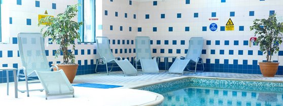 Swimming pool at the East Midlands Airport Thistle Hotel