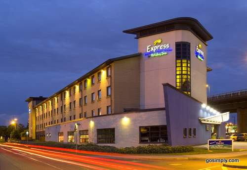 Express by Holiday Inn at Glasgow Airport exterior