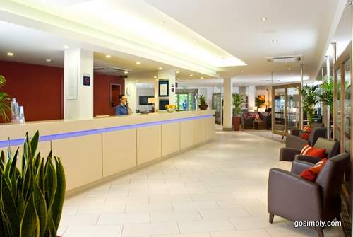 Reception at the Express by Holiday Inn Glasgow Airport