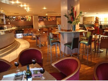 Bar and lounge at the Ramada Hotel Glasgow Airport