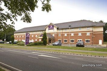 Exterior of the Gatwick Premier Travel Inn East