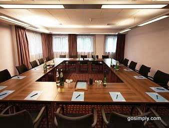 Heathrow Ramada Hotel conference room