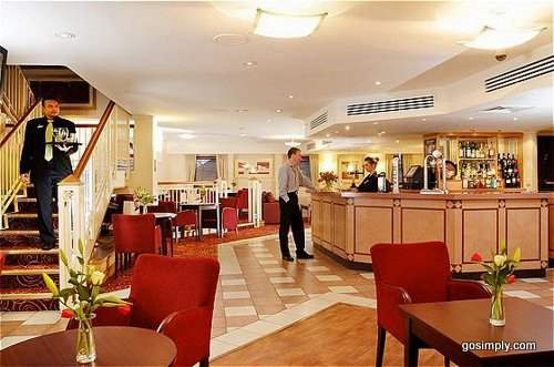 Bar and lounge at the Holiday Inn Slough near Heathrow Airport
